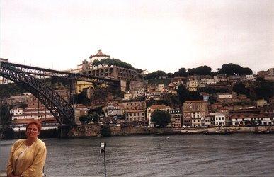 Porto - słynny most twórcy wieży Eiffla