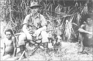 Michael Leahy (1901-1979) poprowadził ekspedycję w Papui Nowej Gwinei na tereny praktycznie niezbadane przez Europejczyków. Zdjęcie z 1934 roku.