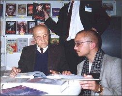 Władysław Kopaliński na Krajowych Targach Książki (Pałac Kultury i Nauki, Warszawa, 18.09.1999 r.)       Fotoarchiwum: Mariusz Kubik