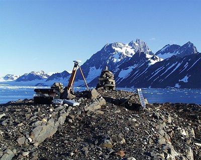 Stacja referencyjna GPS na półwyspie Treskelen