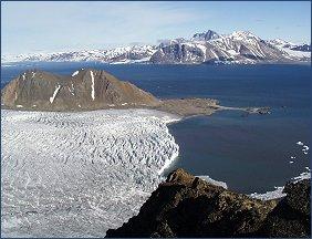lodowiec uchodzący do morza